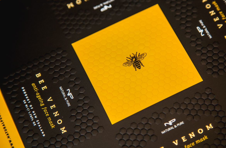 REDFIRE_branding_packaging_digital_design_04-Redfire-packaging-Bee_venom_closeup-redfire-design