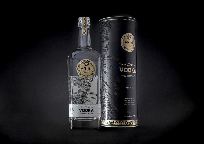 ariki-bottle-redfiredesign